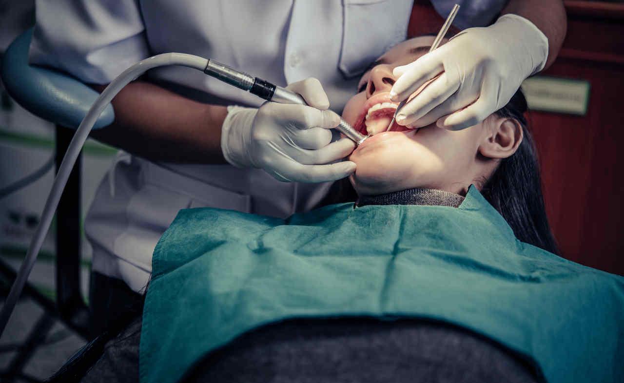Oczyszczacze powietrza do gabinetu stomatologicznego - zanieczyszczenie powietrza w gabinecie stomatologicznym