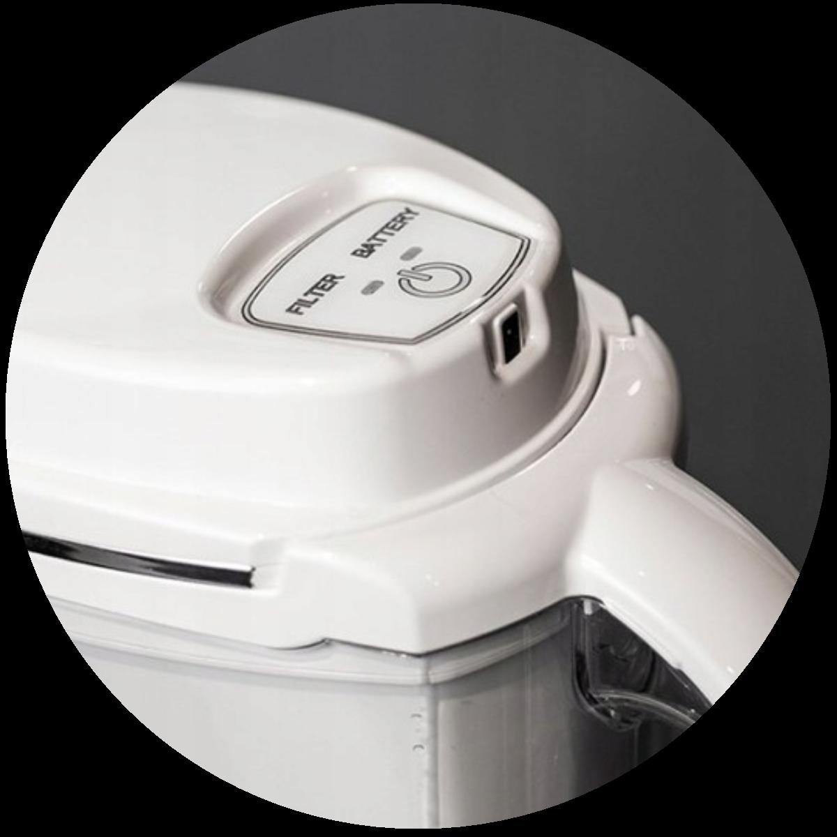 Aquaphor J.Shmidt 500 (biały) dzbanek filtrujący - ładowanie