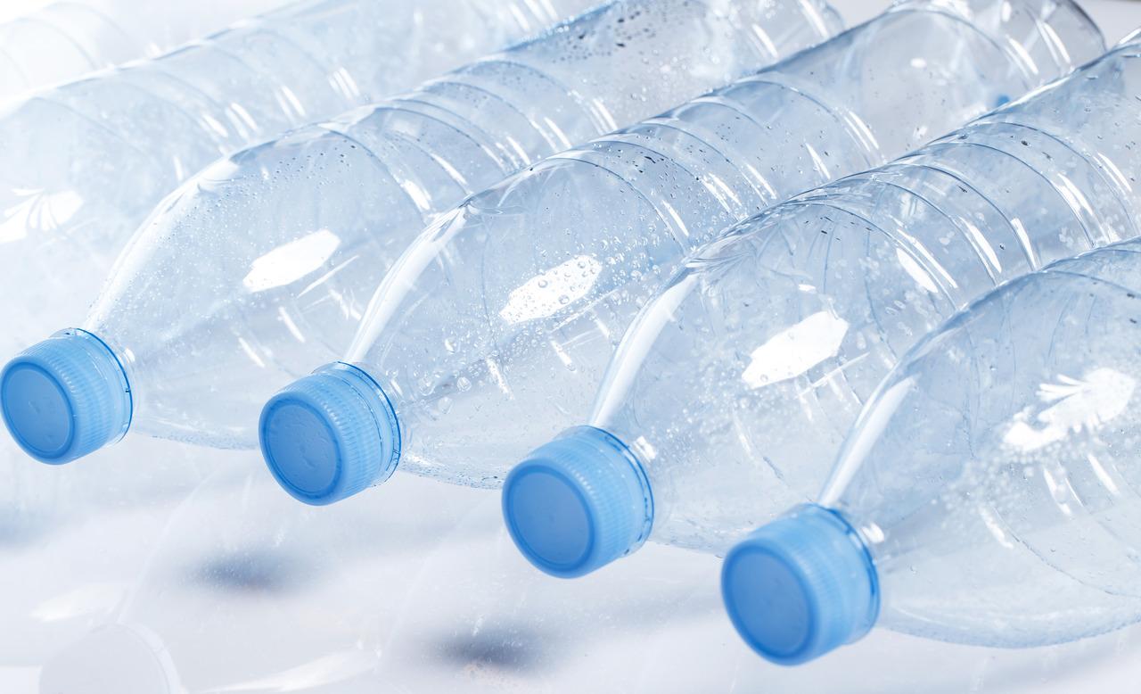 Woda dla firmy - butelki na wodę
