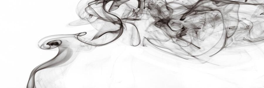 Szkodliwy dym ze świecy parfinowej